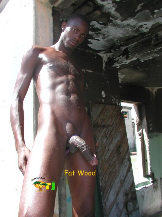 На Ямайке женщин ждут такие вот мужчины с роскошными хуями